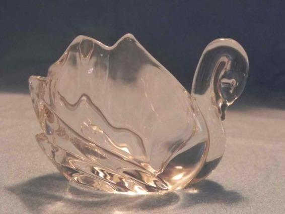 Glass Swan Tealight Holder