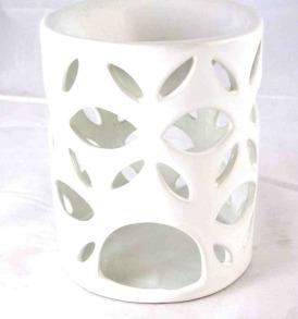 Ceramic Cut Out Design White Tart Warmer