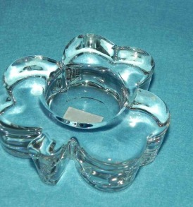 Glass Shamrock Tealight Holde